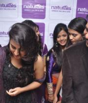 Archana launches Naturals Family Salon & Spa @ Vansthalipuram, Hyderabad