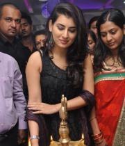 Archana Veda launches Naturals Salon at Vanasthalipuram Photos
