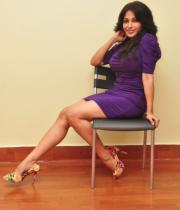 asha-saini-hot-thighs-show-stills-02