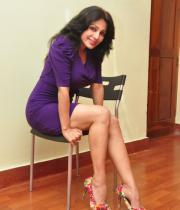 asha-saini-hot-thighs-show-stills-12