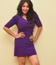 asha-saini-hot-thighs-show-stills-15