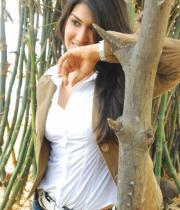 asmita-hot-photo-shoot-photos-in-jeans-01