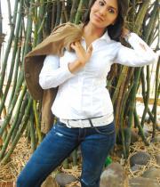 asmita-hot-photo-shoot-photos-in-jeans-04