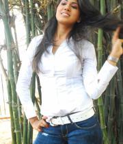 asmita-hot-photo-shoot-photos-in-jeans-11