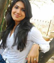 asmita-hot-photo-shoot-photos-in-jeans-15
