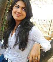 asmita-hot-photo-shoot-photos-in-jeans-16