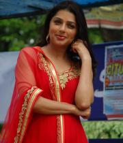 bhumika-chawla-latest-photo-gallery-02