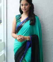 bindhu-madhavi-latest-photos-01