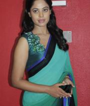 bindhu-madhavi-latest-photos-11