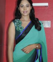 bindhu-madhavi-latest-photos-13