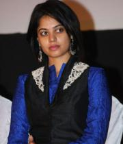 actres-bindu-madhav-blue-salwar-kameez-photostills-12_s_159