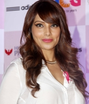 bipasha-basu-and-milind-soman-support-pinkathons-second-edition-event-19