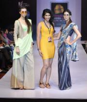 designer-pallavi-naidu-with-models-showcasing-her-creations-on-the-final-day-of-bpbfw-9