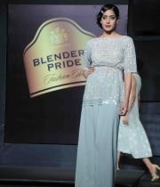 blenders-pride-fashion-tour-mumbai-2013-day-2-event-12