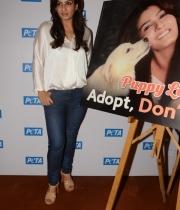 raveena-tandon-at-petas-dog-adoption-campaign-launch-clips-4