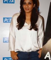 raveena-tandon-at-petas-dog-adoption-campaign-launch-clips-5