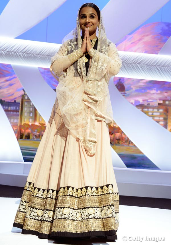 vidya-balan-appears-on-stage-during-the-opening-ceremony-of-the-66th-annual-cannes-film-festival1130516113841
