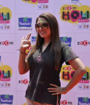 bollywood-celebs-holi-celebrations-02
