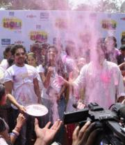 bollywood-celebs-holi-celebrations-04