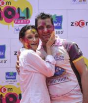 bollywood-celebs-holi-celebrations-05