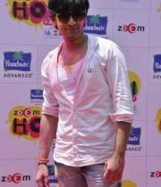 bollywood-celebs-holi-celebrations-07