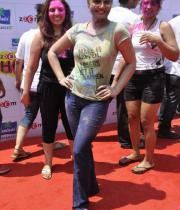 bollywood-celebs-holi-celebrations-12