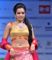 catherine-tresa-ramp-walk-photos-at-hyderabad-fashion-week-2