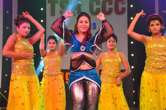 heroines-dance-performance-ccc-curtain-raiser-100
