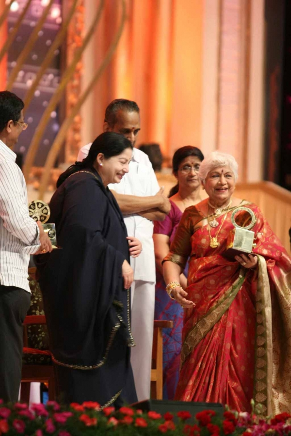 celebrities-at-indian-cinema-100-years-celebrations-04