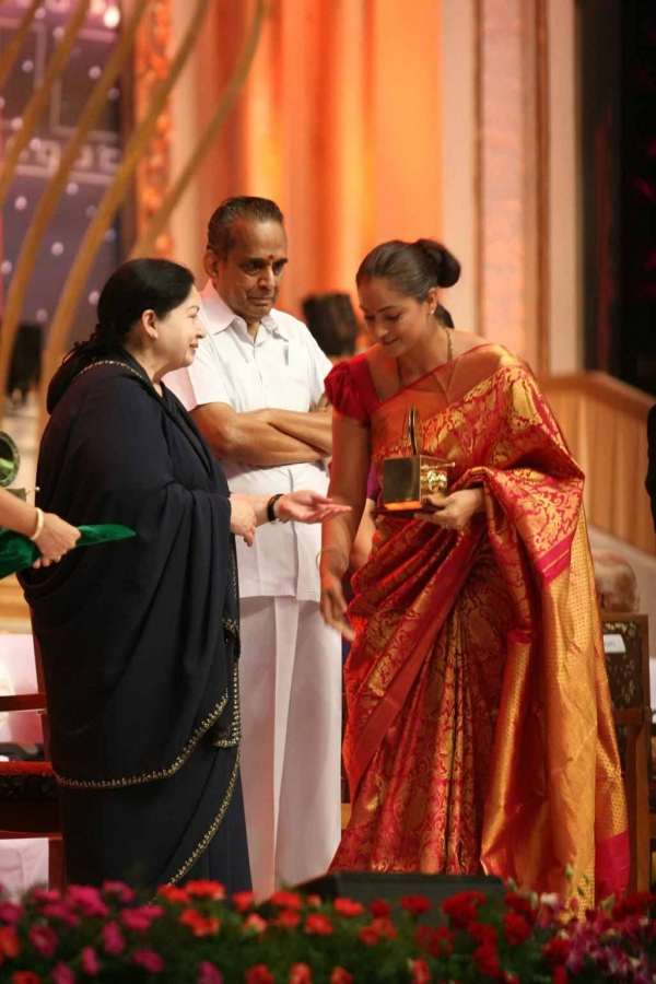celebrities-at-indian-cinema-100-years-celebrations-10