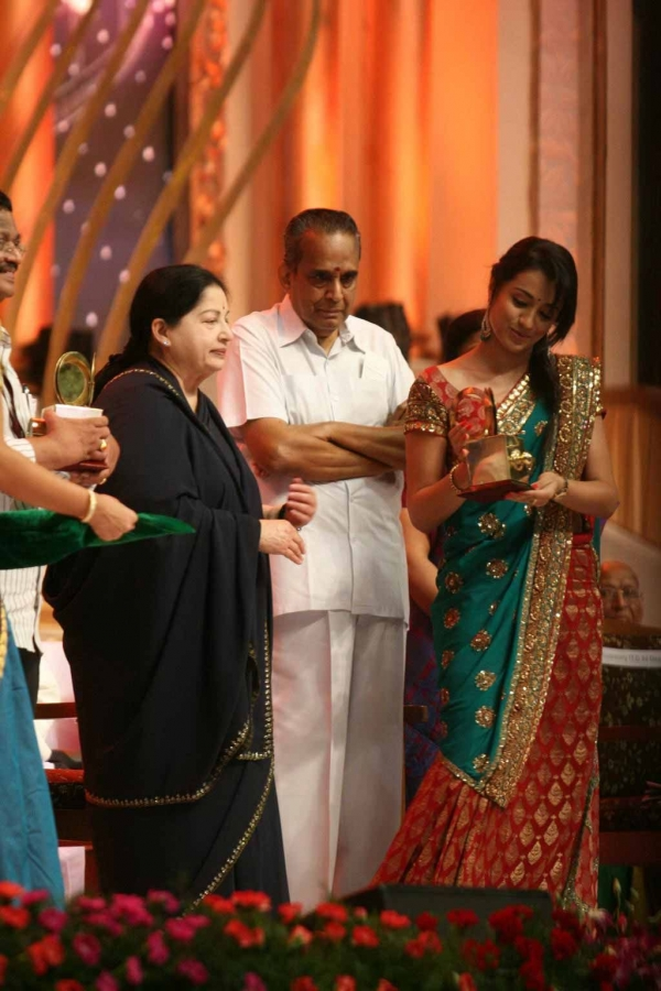 celebrities-at-indian-cinema-100-years-celebrations-15