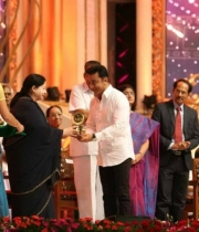 celebrities-at-indian-cinema-100-years-celebrations-47