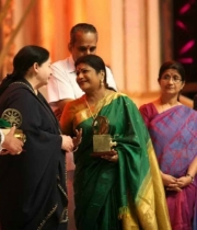 celebrities-at-indian-cinema-100-years-celebrations-52