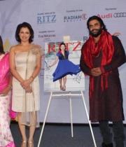 celebs-at-audi-ritz-icon-awards-2013-2
