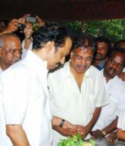 MK Stalin last Respects to Dinathanthi owner Sivanthi Adithan Photos