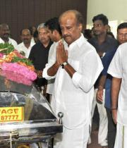 Rajinikanth Pay last Respects to Dinathanthi owner Sivanthi Adithan Photos