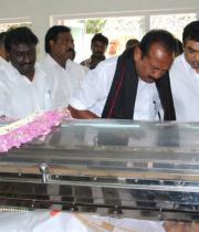 Vaiko Pay last Respects to Dinathanthi owner Sivanthi Adithan Photos