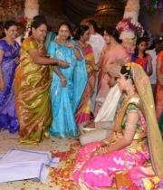 celebrties-at-sunny-keerthis-wedding-photos-125