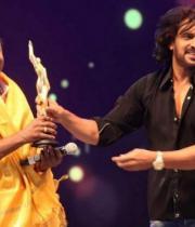 udaya-film-awards-2013-photos-17