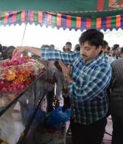 celebrities-pay-homage-to-uday-kiran-photos-118