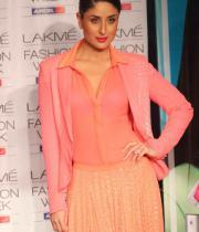 lakme-fashion-week-day-5-04