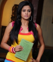 399_11_chandi-movie-new-stills-11