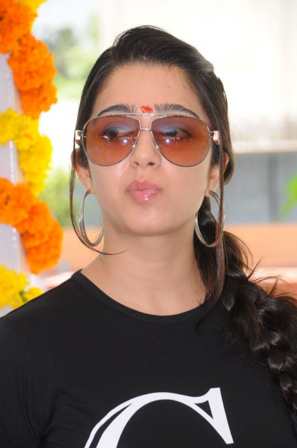 charmee-at-criminals-movie-launch-photos-17