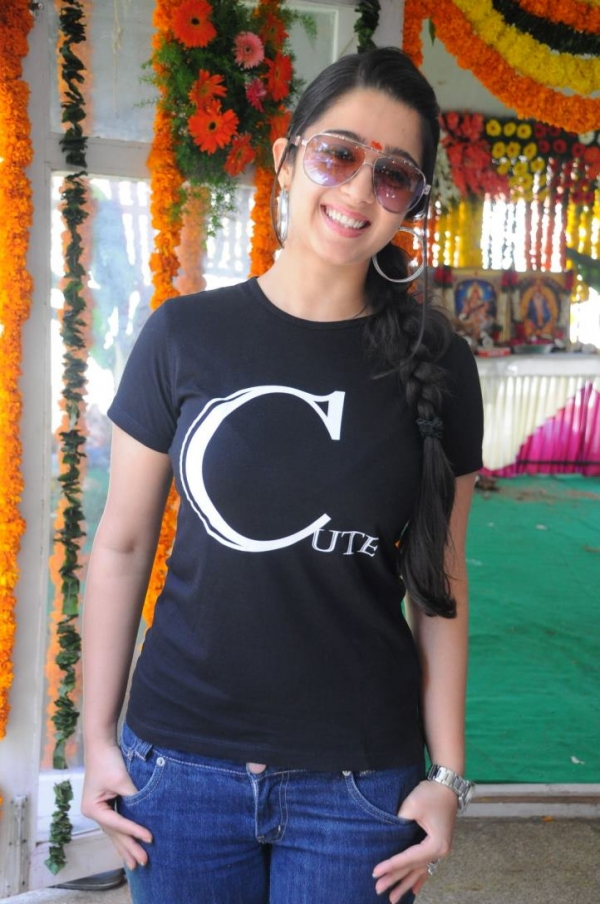 charmee-at-criminals-movie-launch-photos-24