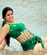charmi-hot-photo-collections-2