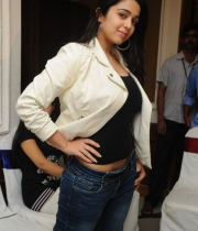 charmi-latest-hot-photos-1