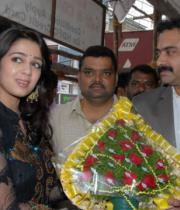 charmi-launches-sreeroop-cosmetology-clinic-03