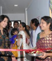 charmi-launches-sreeroop-cosmetology-clinic-04