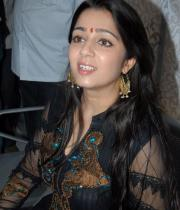 charmi-launches-sreeroop-cosmetology-clinic-11