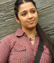 charmi-photos-at-prathigatana-press-meet-10